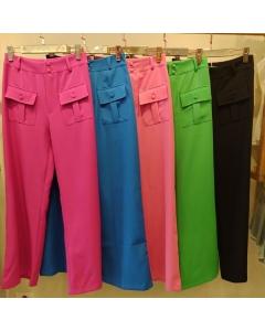 Calça pantalona alfaiataria com bolso