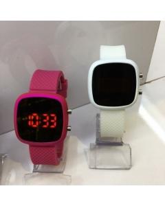 Relógio digital (acima de 10 unidades )