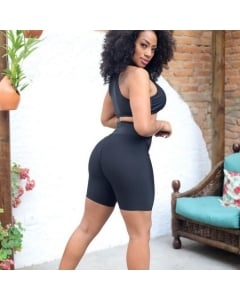 Short e Bermuda feminina lisa bermuda meia coxa suplex grosso bermudinha moda academia moda feminina