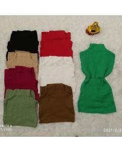 Garrafinha de tricô  poliéster  disponível em várias cores  veste super bem